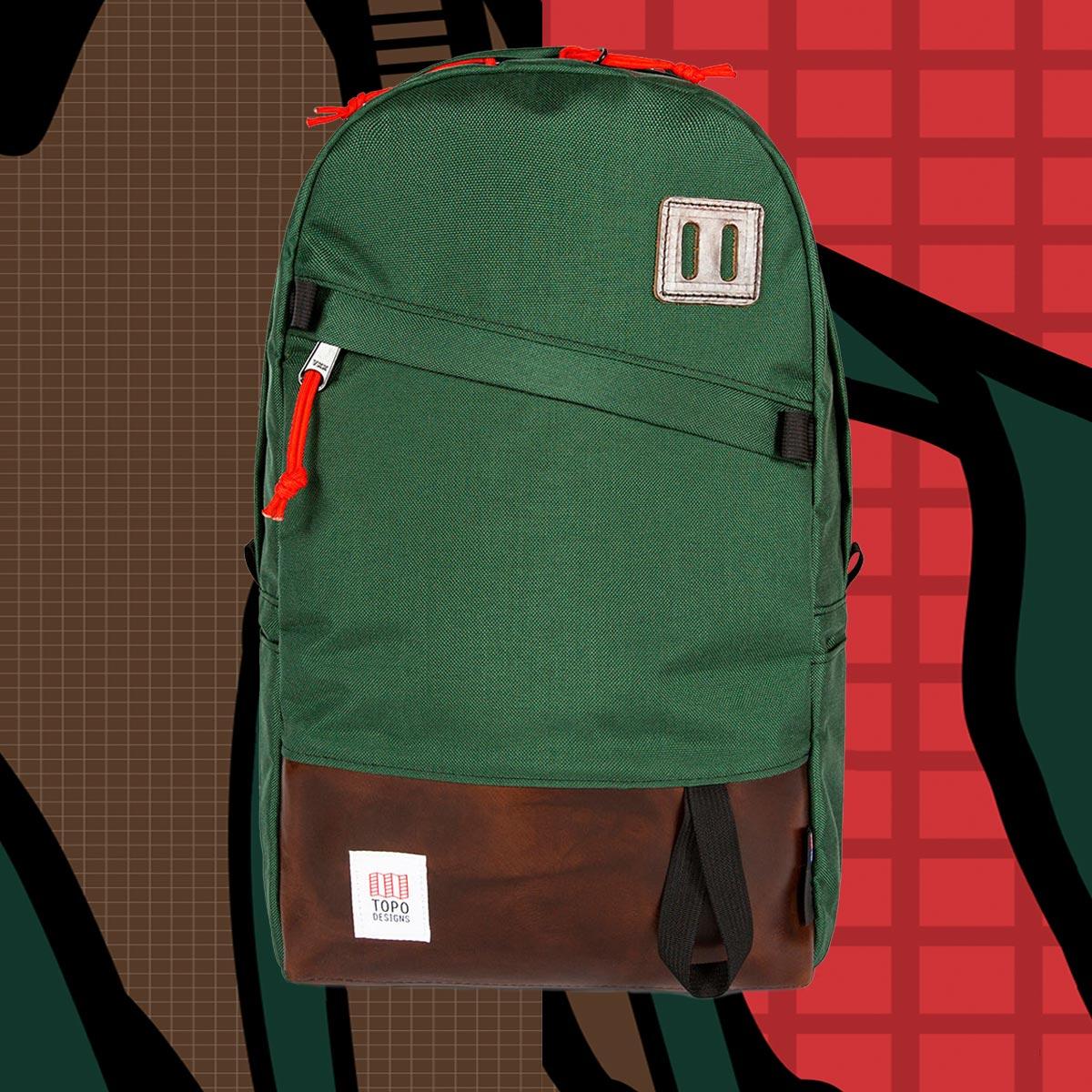 Topo Designs Daypack Forest/Brown Leather starker Rucksack in 1000D Cordura mit 15 Zoll Laptopfach