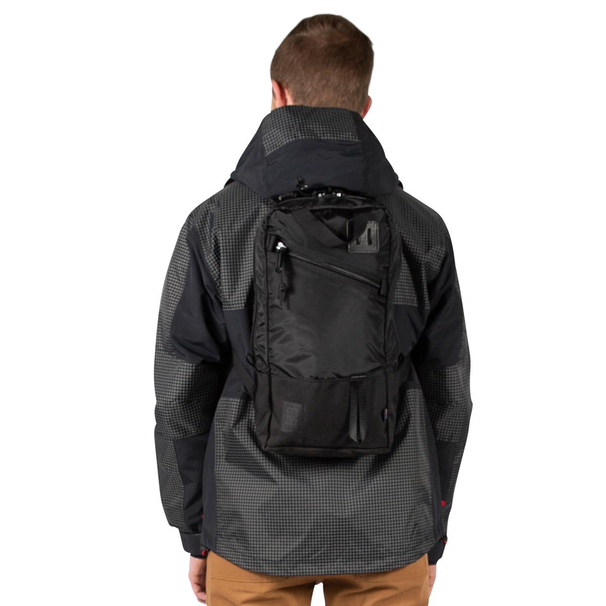 Topo Designs Trip Pack Ballistic Black, eines Tagesrucksack in einer leichten, kompakteren Größe