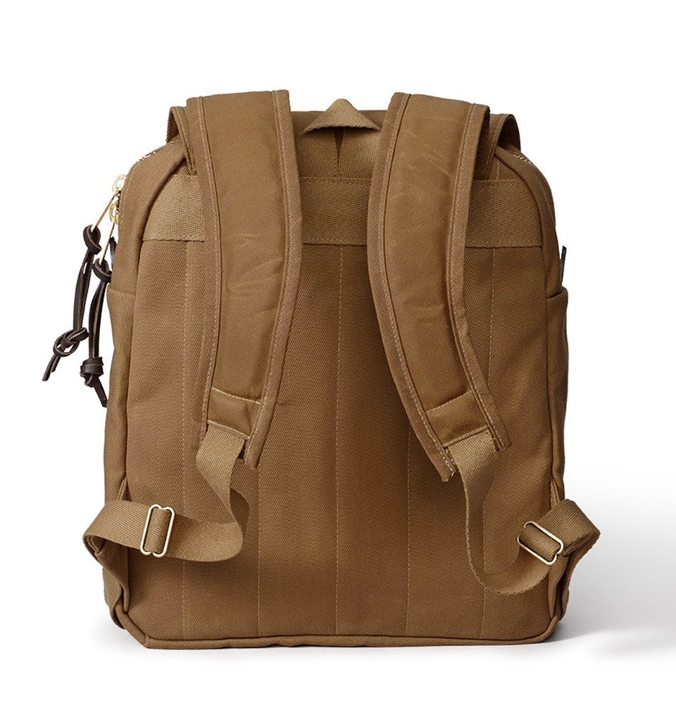 filson daypack rucksack tan klassische backpack elegant und hochwertig. Black Bedroom Furniture Sets. Home Design Ideas