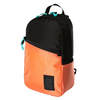 Topo Designs Light Pack Black/Coral