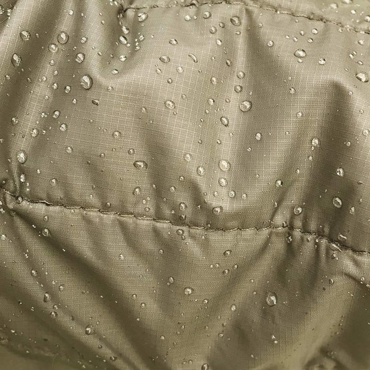 Filson Ultra Light Jacket Olive Branch, PrimaLoft Gold's überzeugende Leistung, es behält 98% seiner Isolierfähigkeit, wenn es nass ist
