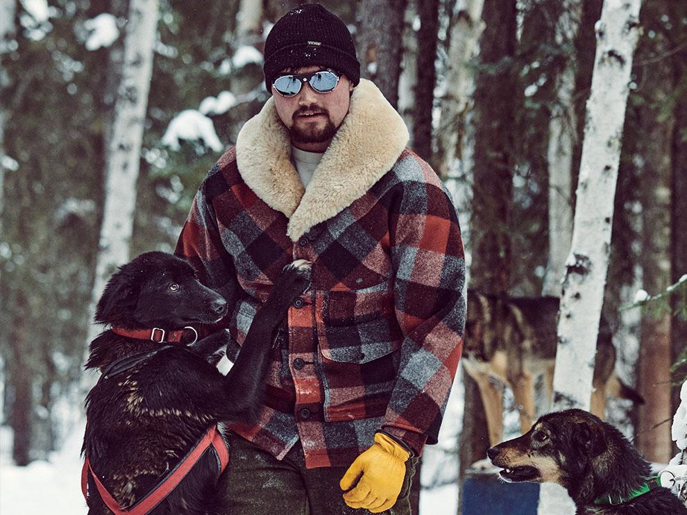 Filson Mackinaw Wool Packer, aus Schurwolle für Komfort, natürliche wasserabweisende Eigenschaften und isolierende Wärme bei allen Wetterbedingungen