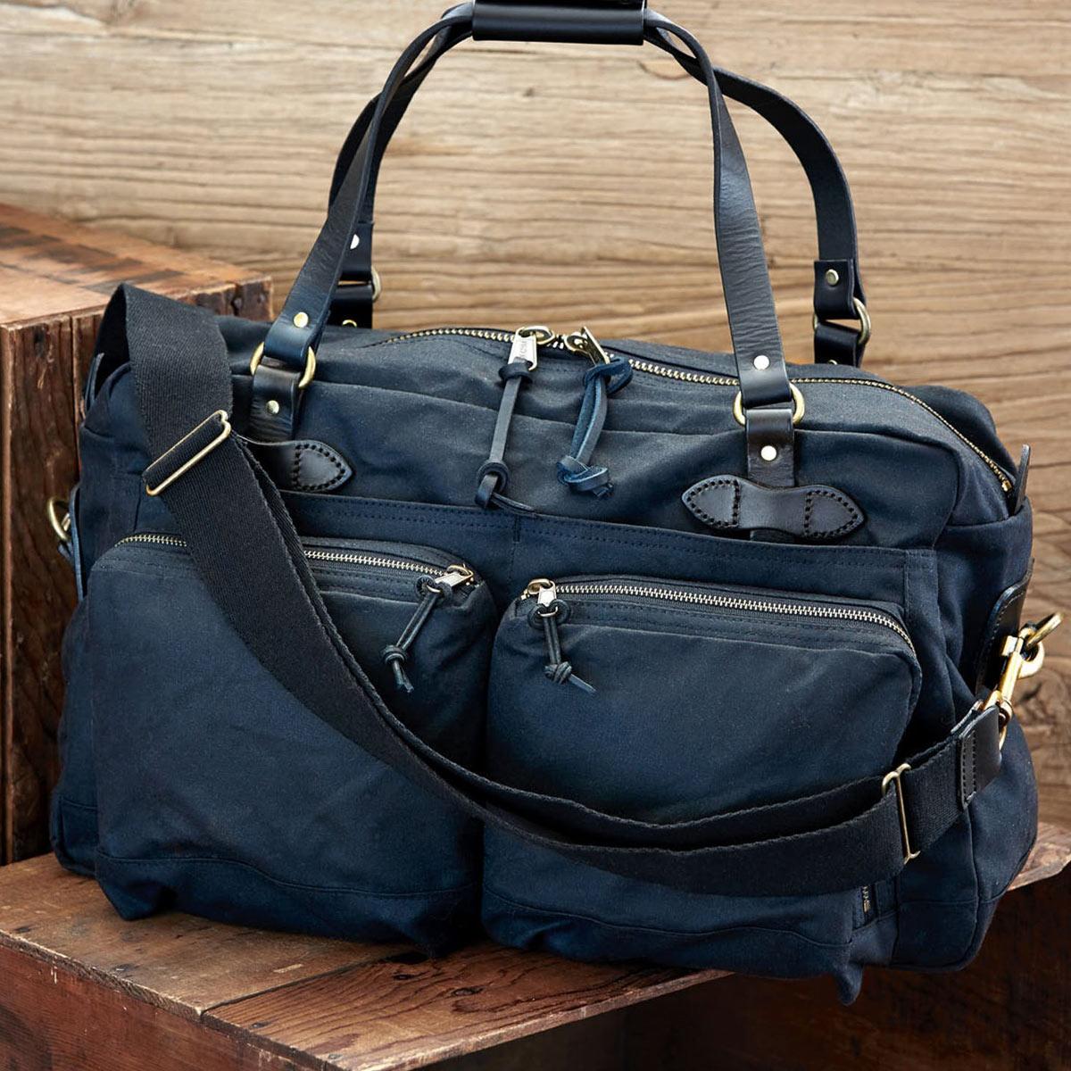 Filson 48-Hour Duffle, eine robuste Duffle Bag mit großen Fächern für ein verlängertes Wochenendep