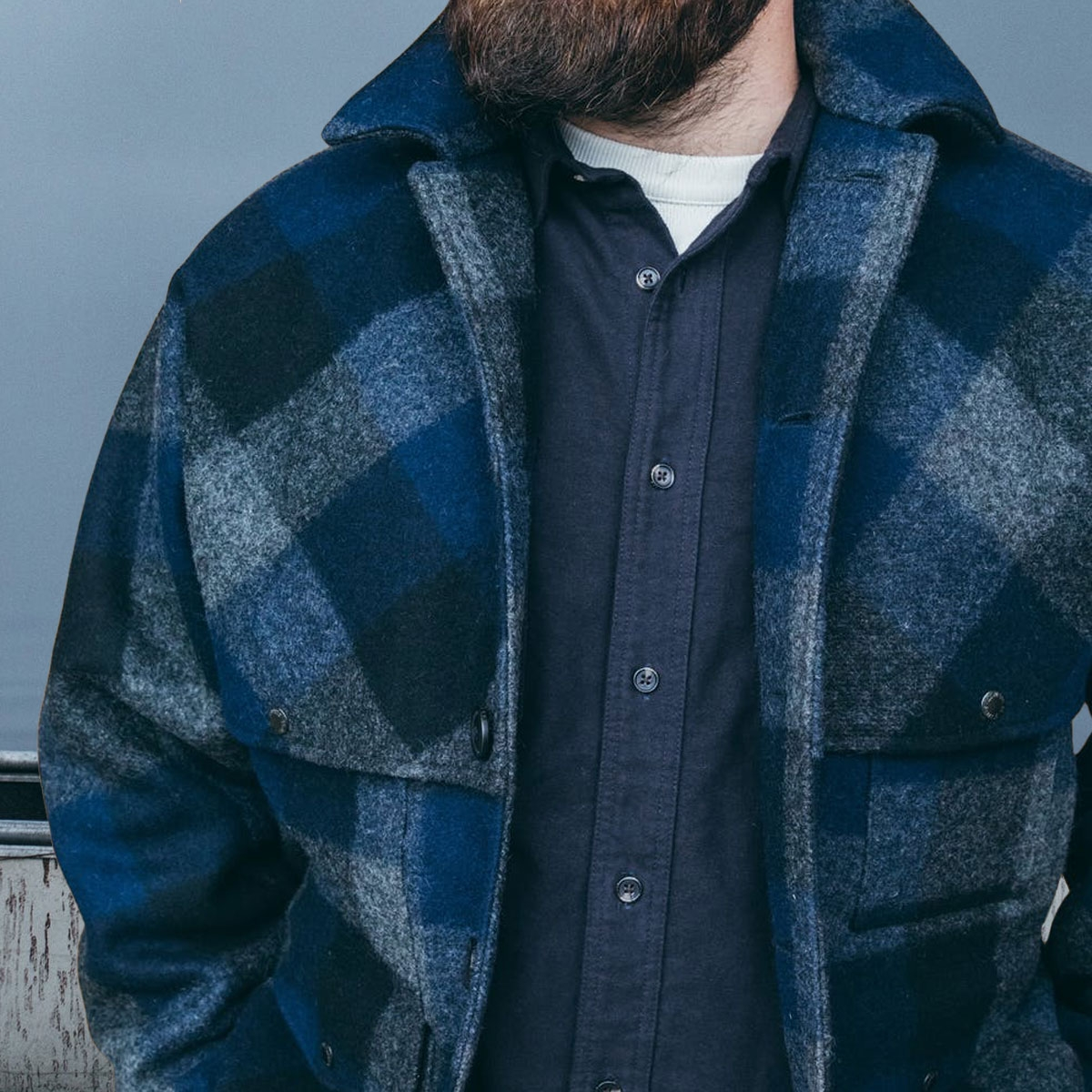 Filson Double Mackinaw Cruiser Charcoal/Black/Navy, A wool coat with double-layer protection and over 100 years of proven reliability