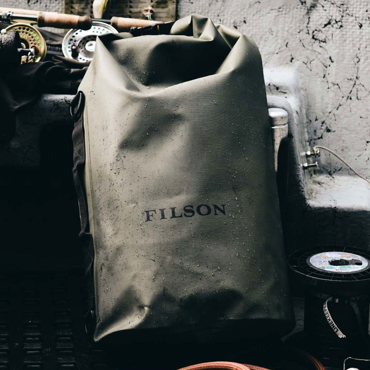 Filson Dry Bag Large, waterproof and lightweight