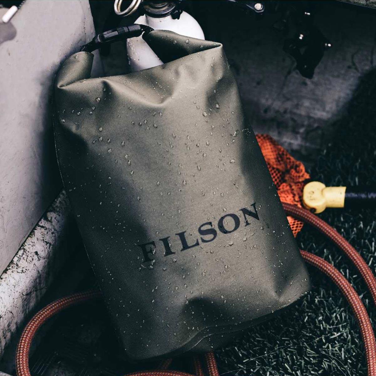 Filson Dry Bag Small, waterproof and lightweight