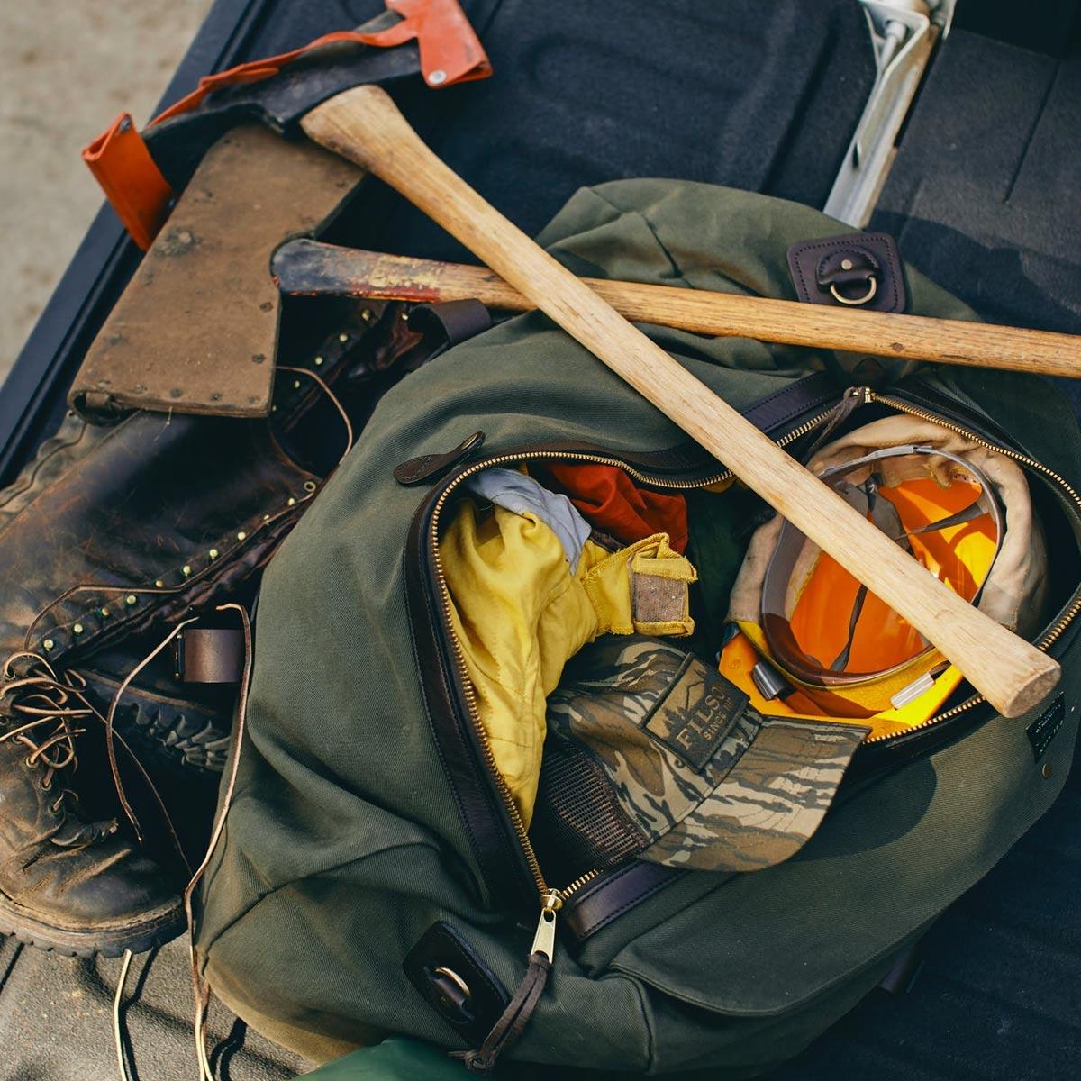 Filson Duffle Medium Otter Green, perfekt für einen Wochenendausflug oder eine kleine Geschäftsreise