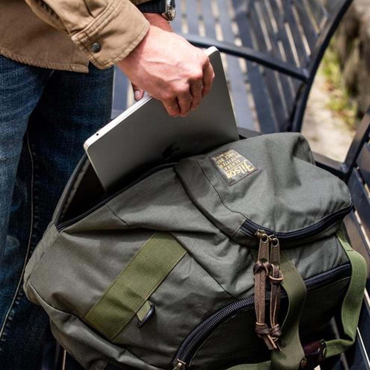 Filson Duffle Pack 20019935 Otter Green, vielseitiger, starker und leichter Reisebegleiter