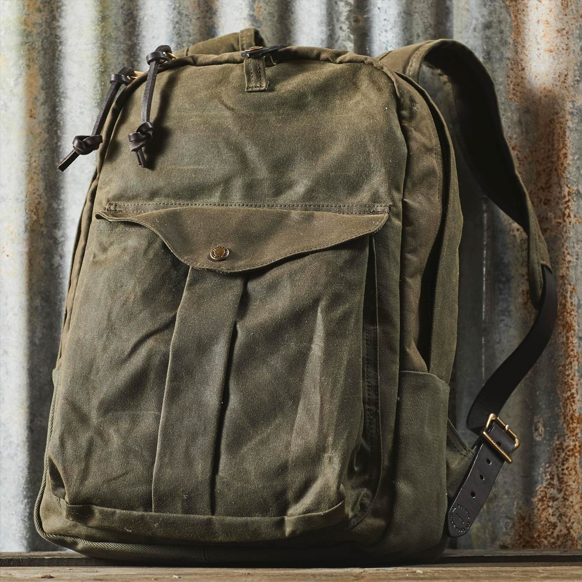 Filson Journeyman Backpack 11070307 Otter Green, great for hiking and for hauling stuff around town
