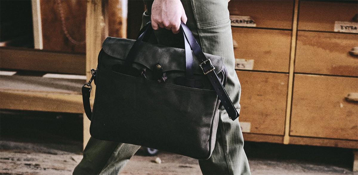 Filson Original Briefcase 11070256 Otter Green, eine Stil-Ikone unter den Männer-Taschen