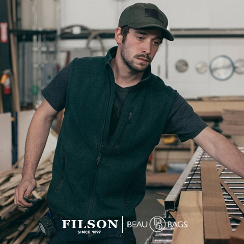 Filson Ridgeway Fleece Vest Spruce, comfortable, lightweight quick-drying Polartec® fleece for use in extreme conditions