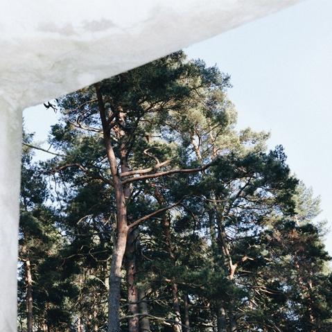 Sandqvist Hans Backpack Black, 15 Zoll Rucksack in Cordura® mit Details aus pflanzlich gegerbtem Leder