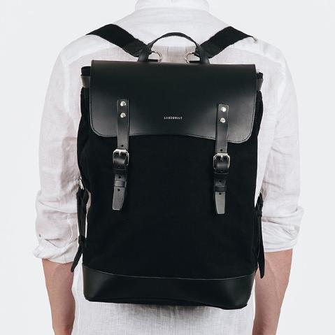 Sandqvist Hege Backpack Black, ein perfekter Alltagsrucksack für Arbeit und Freizeit