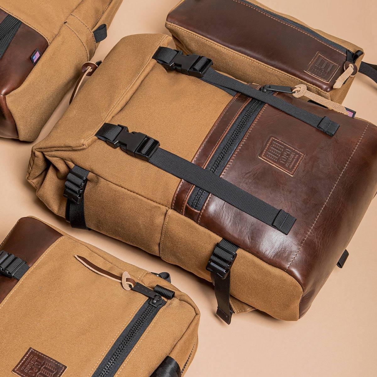 Topo Designs Rover Pack Heritage Dark Khaki Canvas/Brown Leather, Robuster, hochwertiger und wasserfester Rucksack für den täglichen Gebrauch