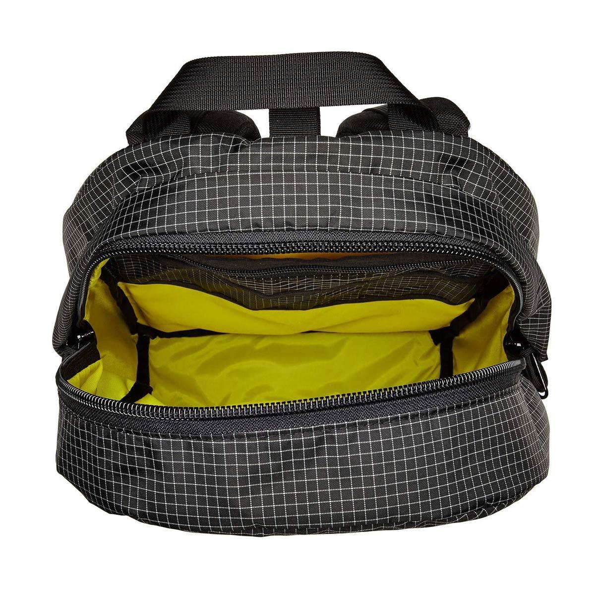 Topo Designs Daypack Black/White Ripstop, Idealer Reiserucksack für Reise, Stadt, Arbeit oder Schule.