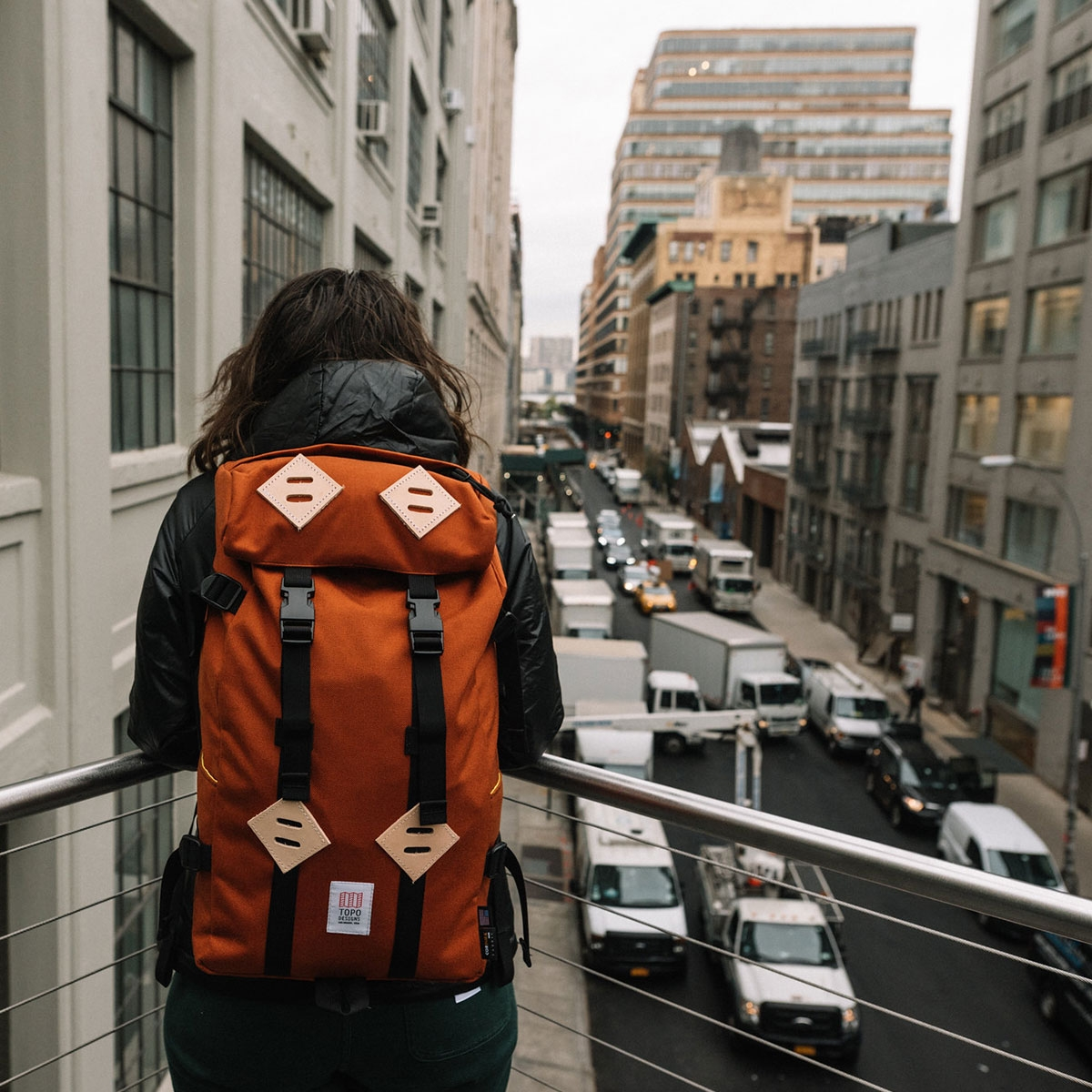 Topo Designs Klettersack Clay in the mountains