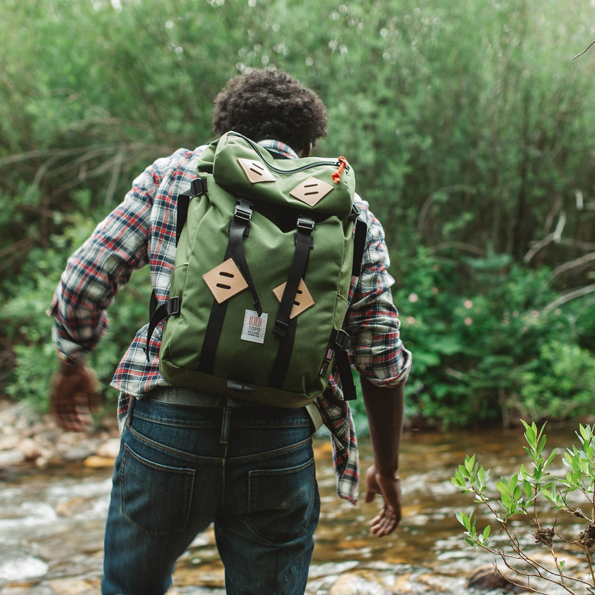 Topo Designs Klettersack Backpack Olive Lifestyle, perfect backpack for men and women