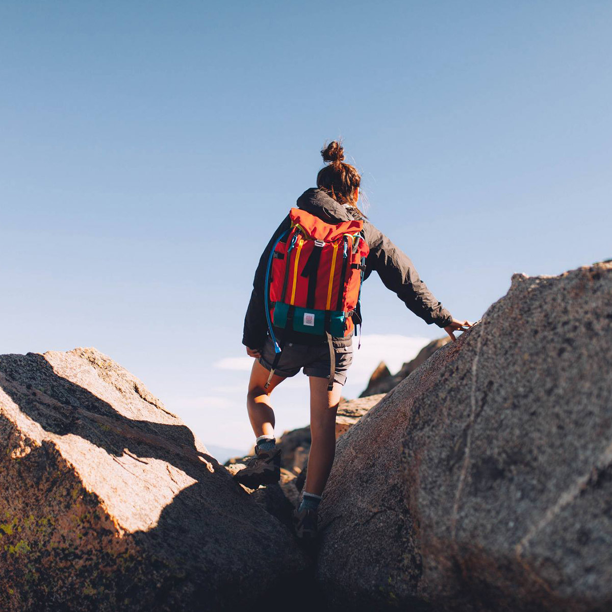 Topo Designs Mountain Pack Red, ideal backpack for outdoor climbing