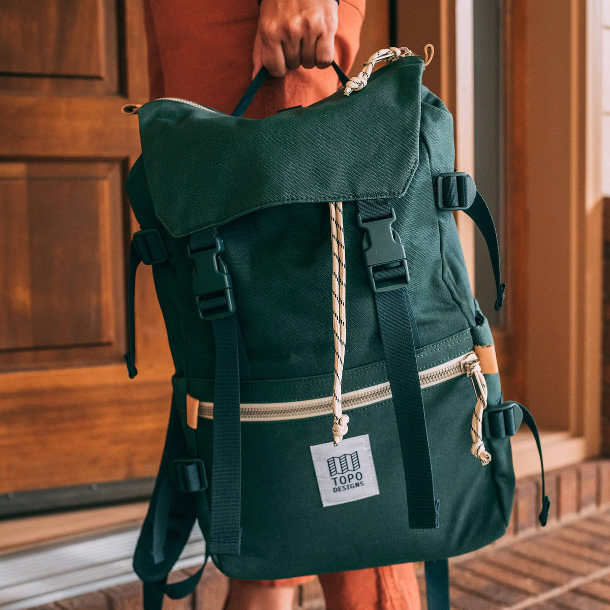 Topo Designs Rover Pack Canvas Forest, Mountain-inspired durability meets city-ready styling in the Rover Pack Canvas