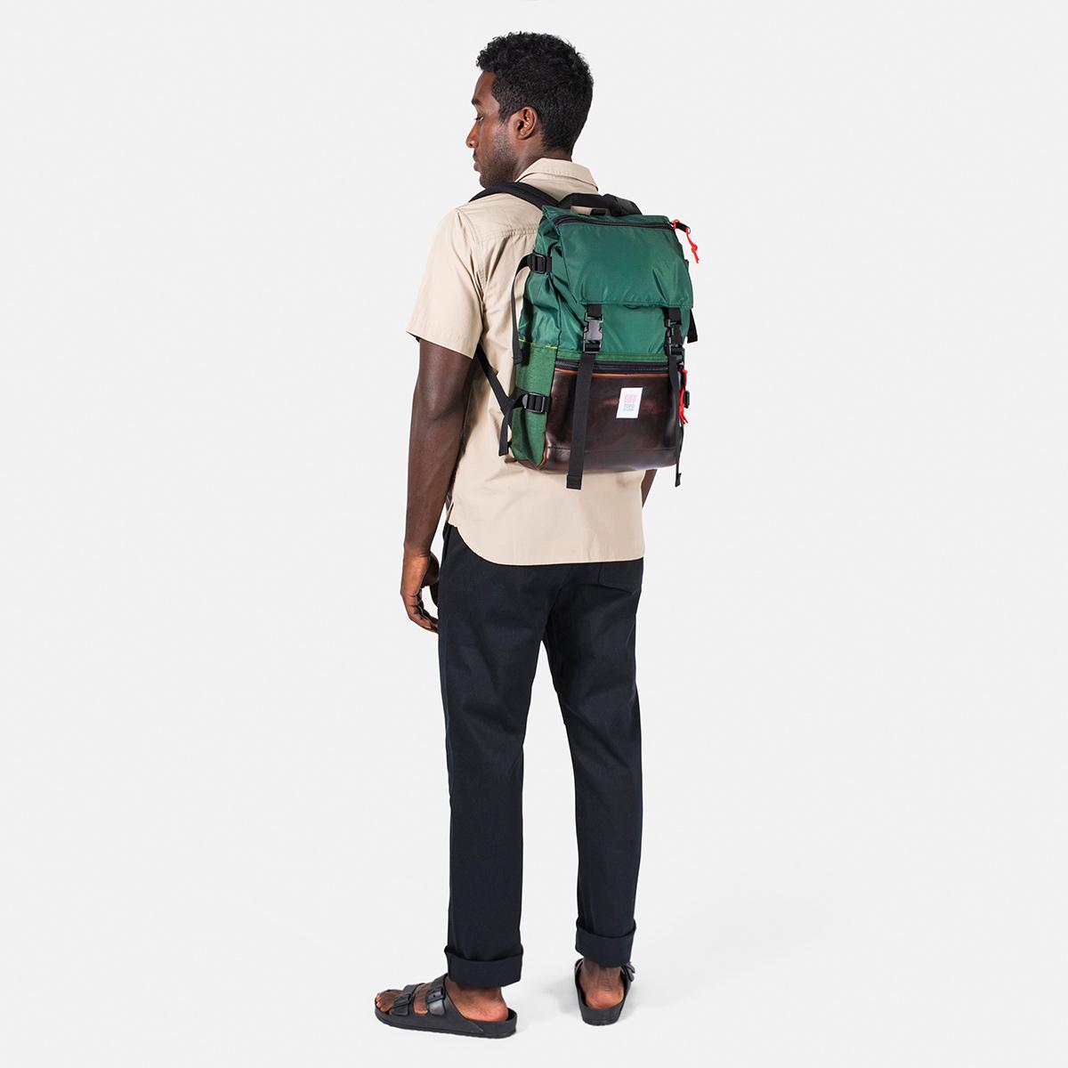 Topo Designs Rover Pack Heritage Forest/Brown Leather, Robuster, hochwertiger und wasserfester Rucksack für den täglichen Gebrauch