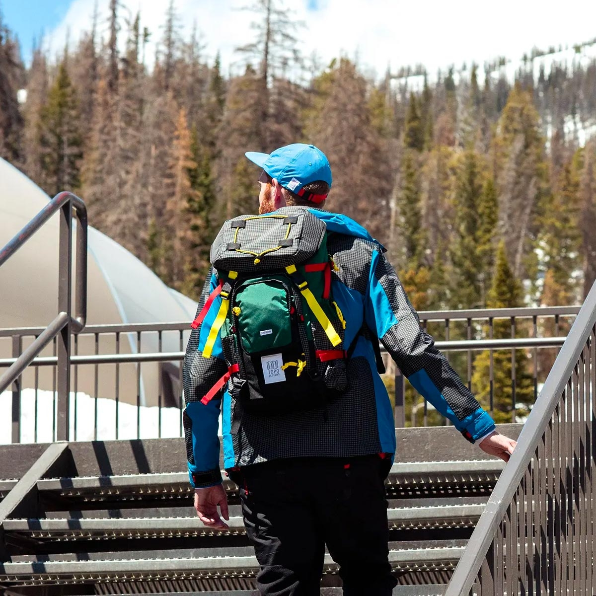 Topo Designs Topo Designs Subalpine Pack Forest, combines the functionality of classic hiking packs with unmistakably Topo Designs styling
