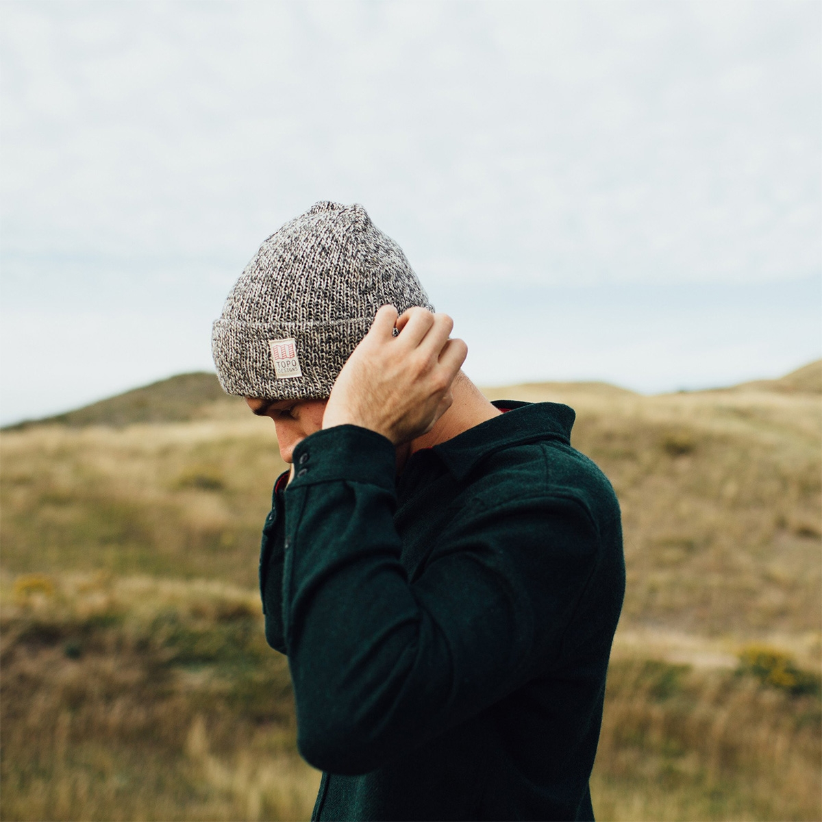 Topo Designs Topo Designs Ragg Cap Charcoal, this time-tested classic ragg wool cap is heavy-duty, sturdy and warm