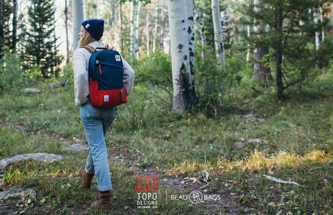 Topo Designs Daypack Red/Navy, starker Rucksack in 1000D Cordura mit 15 Zoll Laptopfach